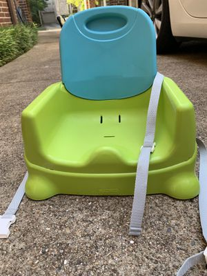 Fisher price booster seat for Sale in Houston, TX