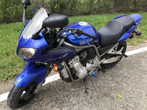 Yamaha Fz1 Sport Touring Motorcycle for Sale in Fort Lauderdale, FL