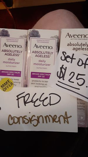 Aveeno* Absolutely Ageless Daily Mosturizer (3 for $30) for Sale in Seattle, WA