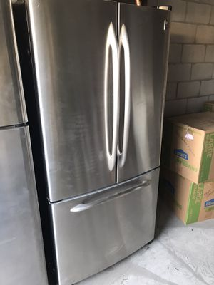 General Electric stainless Fridge for Sale in Rancho Cucamonga, CA