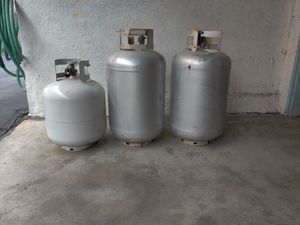 3 propane tanks. Vintage trailer. Airstream. 2 are full for Sale in Redondo Beach, CA