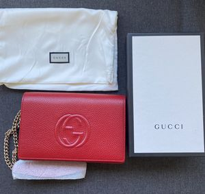 Authentic Red Gucci Bag (Details Below) for Sale in Los Angeles, CA