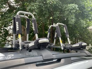 Thule Hull-A-Port Pro (mode 835Pro) - 2 Pairs for Sale in Middletown, CT
