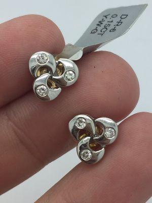 Diamond earrings 18k white gold for Sale in Miami, FL