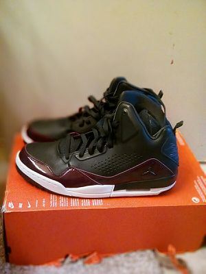 Air Jordan SC-3 black and purple size 11.5 for Sale in Oakland, CA