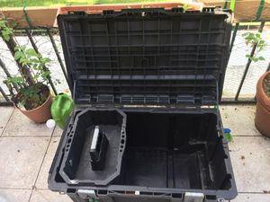 37 inch husky rolling tool box used still in good working condition for Sale in Fort Lauderdale, FL
