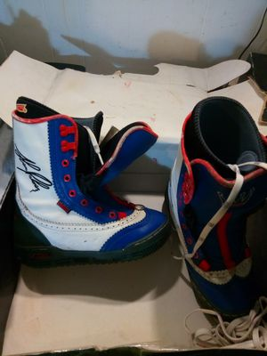 Vans Sean palmar size 8 snow boots for Sale in Columbus, OH