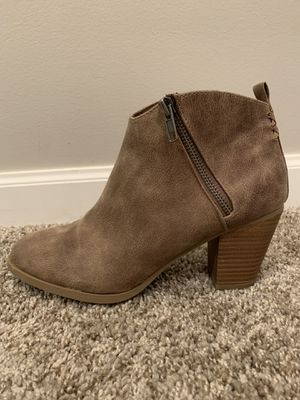 Cute Size 9 Boots! for Sale in Washington, IL