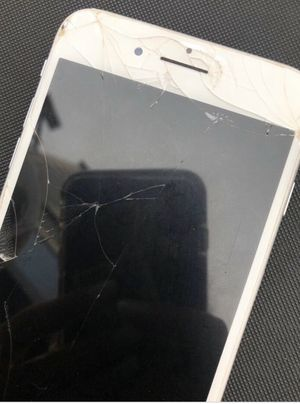 iPhone 8 for Sale in Winston-Salem, NC
