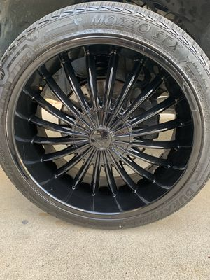 22 inch wheels 5lug universal with tires for Sale in Fresno, CA