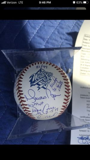 1999 ny Yankees autographed World Series ball for Sale in Brooklyn, NY