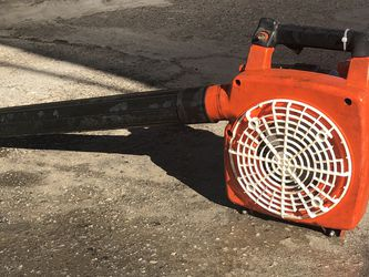 Gas-powered leaf blower for Sale in Pico Rivera,  CA