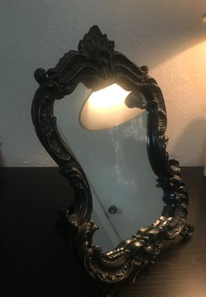 Beautiful black mirror (can be hung) for Sale in Manchaca, TX