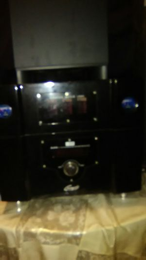 Genesis surround sound system, speakers and a woofer for Sale in Burbank, IL