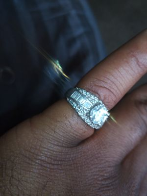 2.5 carat diamond wedding ring for Sale in Arvada, CO