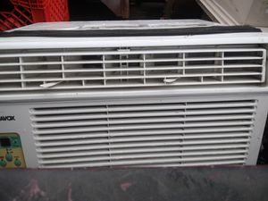 Magnavox air conditioner for Sale in Columbus, OH
