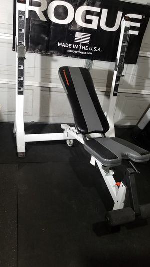 Workout bench for Sale in Lakewood, WA