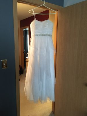 Prom dress for Sale in Round Lake Heights, IL