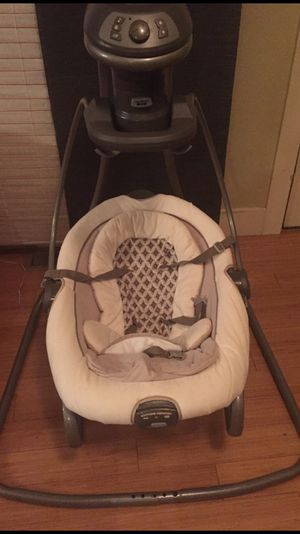 Graco baby swing and bouncer for Sale in Denver, CO