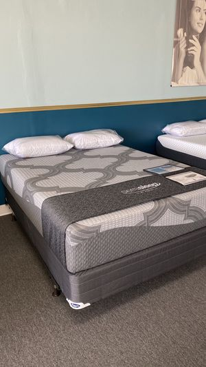 NEW Gel Memory Foam Mattress Queen Size FINANCE NO CREDIT NEEDED WE DELIVER OIBH for Sale in Irving, TX