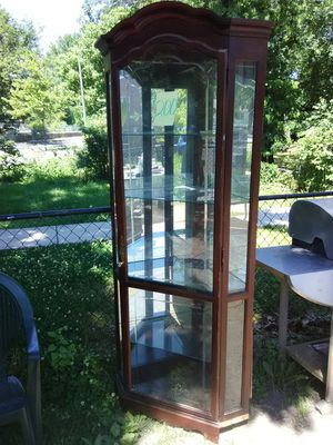 7' Corner curio cabinet with light and glass shelves for Sale in Washington, DC