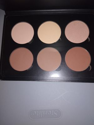 Anastasia Beverly Hills countour kit for Sale in Los Angeles, CA