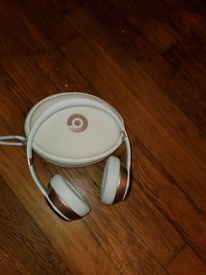 Beats Headphones Rose Gold Wireless for Sale in Bristol, RI
