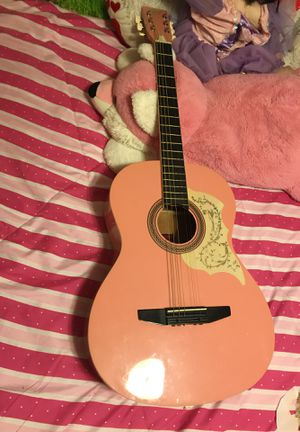 Guitar for Sale in Waterbury, CT