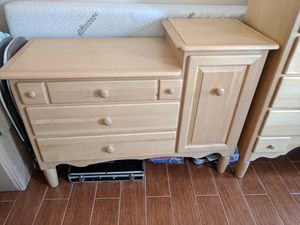 Changing Table and Matching Dresser for Sale in Los Angeles, CA