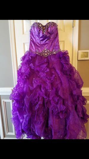 Quinceanera dresses for Sale in Sterling, VA