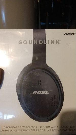 Bose SoundLink around ear wireless headphones for Sale in Camden, NJ