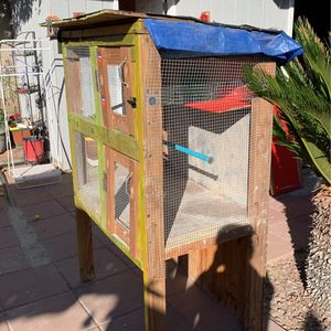 Sturdy Wooden Cage for Sale in Norwalk, CA