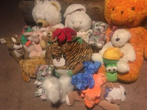 Stuffed animals for free for Sale in Chicago, IL