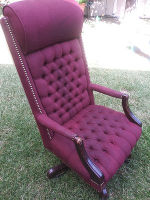 Desk chair for Sale in Garland, TX