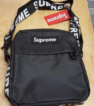Shoulder bag for Sale in Haines City, FL