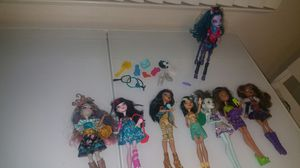 LPS, Monster High, LOL DOLLS, SHOPKINS and Barbie for Sale in Victorville, CA