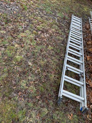 28 ft Werner ladders for Sale in Dover, DE