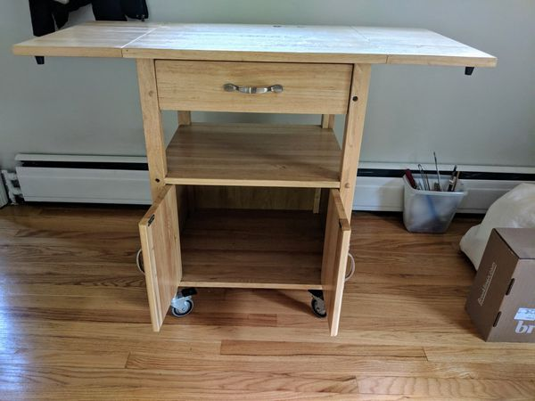 Solid wood rolling cart