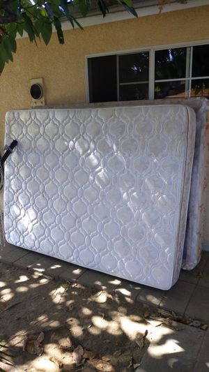 Free Queen mattress & box spring for Sale in Santa Fe Springs, CA