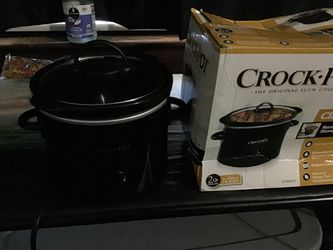 Classics slow cook crock pot for Sale in New Rochelle,  NY