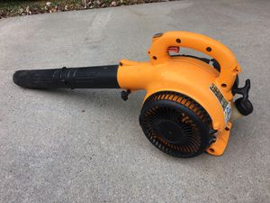 GAS LEAF BLOWER Runs good first come at $35.00 for Sale in Mooresville, NC