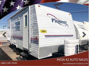 2003 Pioneer 18ft Trailer Camper Lite Sleeps 7 for Sale in Mesa, AZ