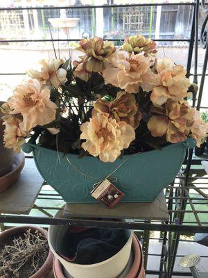 Beautiful Floral craft arrangement for Sale in Modesto, CA