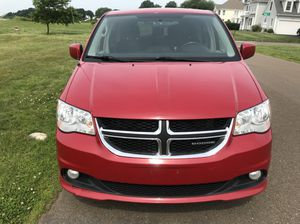 2012 DODGE GRAND CARAVAN STOW AND GO for Sale in Ansonia, CT