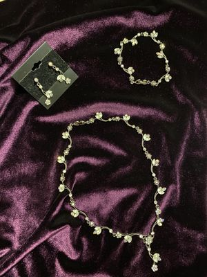 Floral jewelry set for Sale in Elk Grove Village, IL