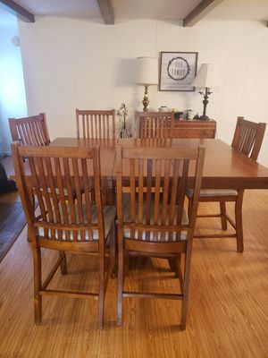 Bar height kitchen table with 7 bar stool chairs. for Sale in Shepherdstown, WV