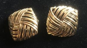 1 inch long gold tone clip on earrings for Sale in Bothell, WA