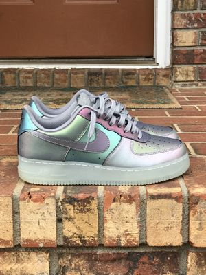 Air Force 1 Low 07 LV8 Iridescent 2017 Size 10 for Sale in Albany, GA