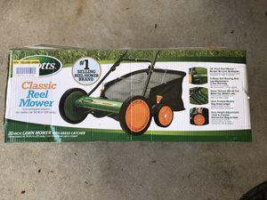 Scott's 20 in. Manual Walk Behind Reel Mower with Grass Catcher for Sale in Duncan, SC