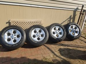 Jeep wheels and tires for Sale in Washington, PA